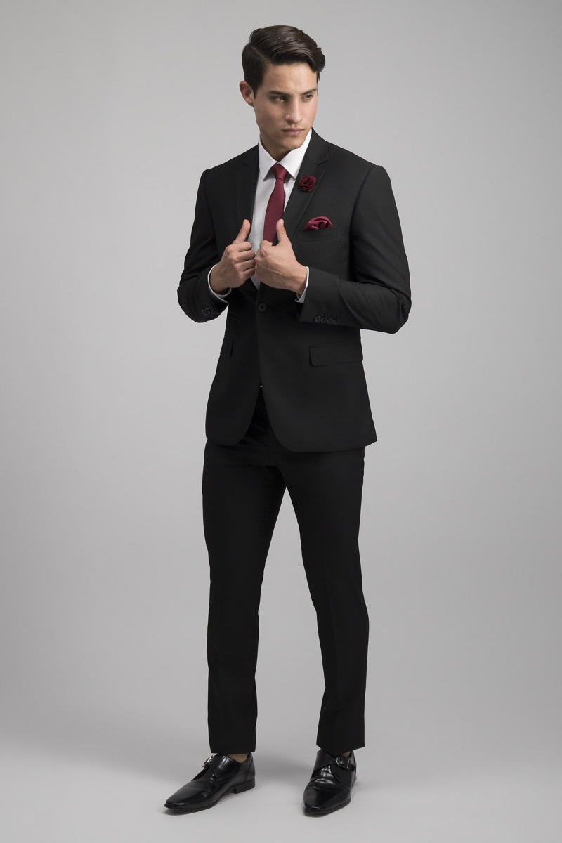 TRAJE COLOR NEGRO SLIM FIT